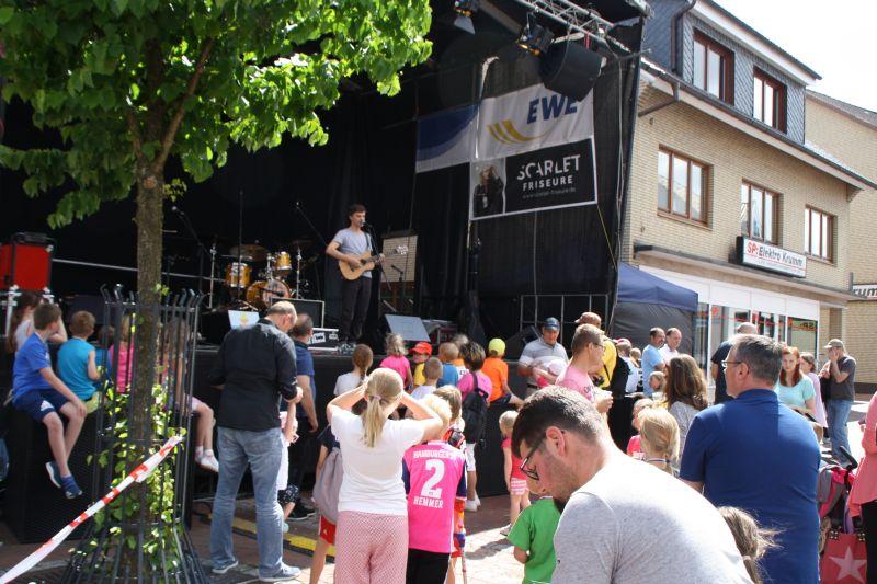 0445_lauf_musikfestival_17_jsch